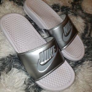 Nike Benassi JDI sandals